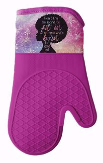 Born to Stand Out Natural Hair Silicone Oven Mitt Set KM01